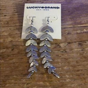 NWT Lucky Brand Silver dangle earrings